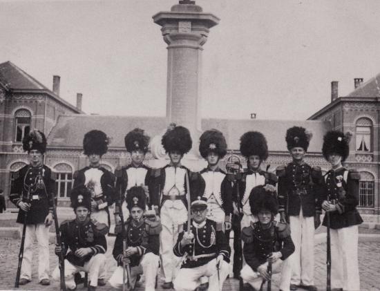 F. Scaillet et ses Grenadiers