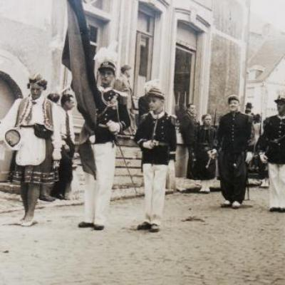 Officiers au Drapeau